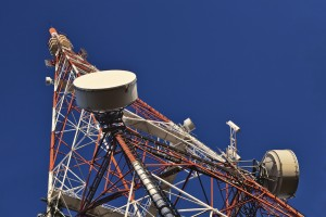 How To Extend Radio Range: Two-Way Radio Antenna Booster & Repeaters