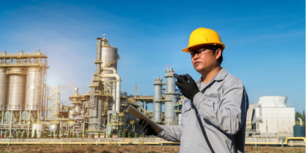 What Makes Two-Way Radios the Most Effective Form of Job-Site Communication?
